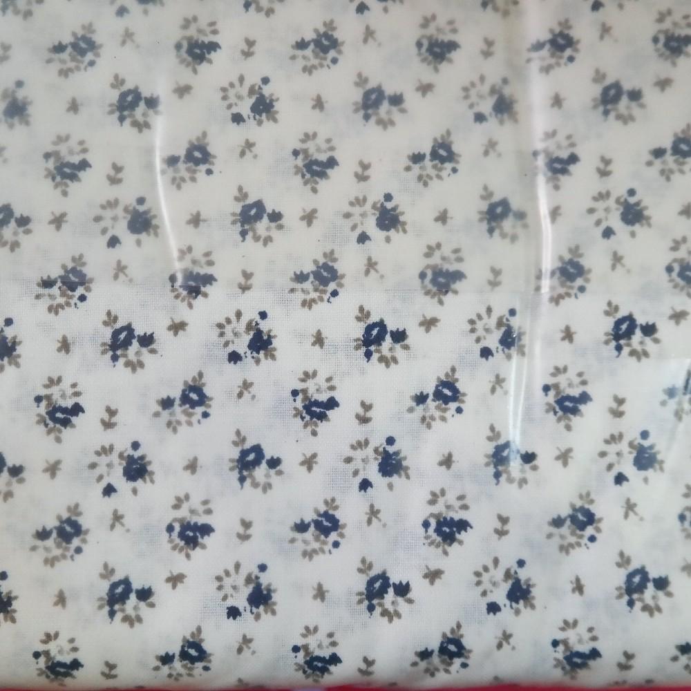 bavlna modro šedé kyttičky na bílém podkladě 140 cm