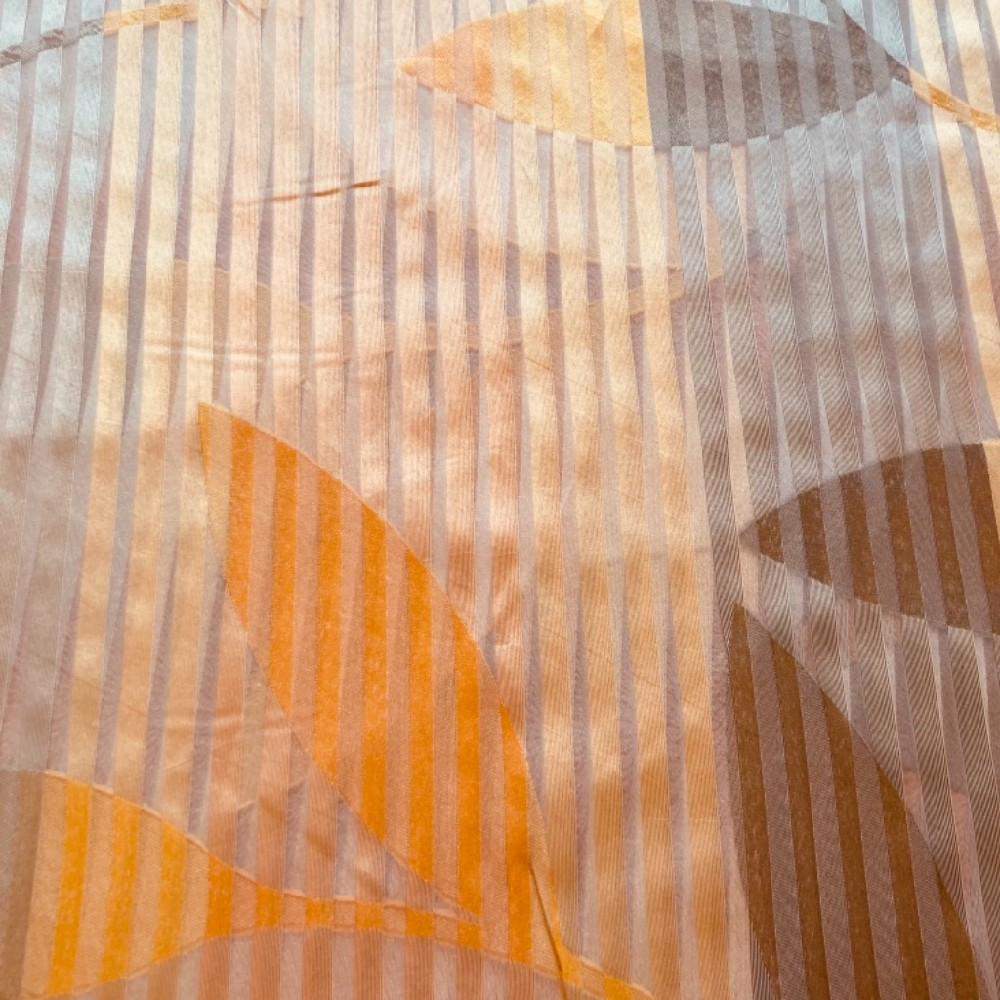 záclona šíře 150 cm pruhy/listy oranžová/šedá