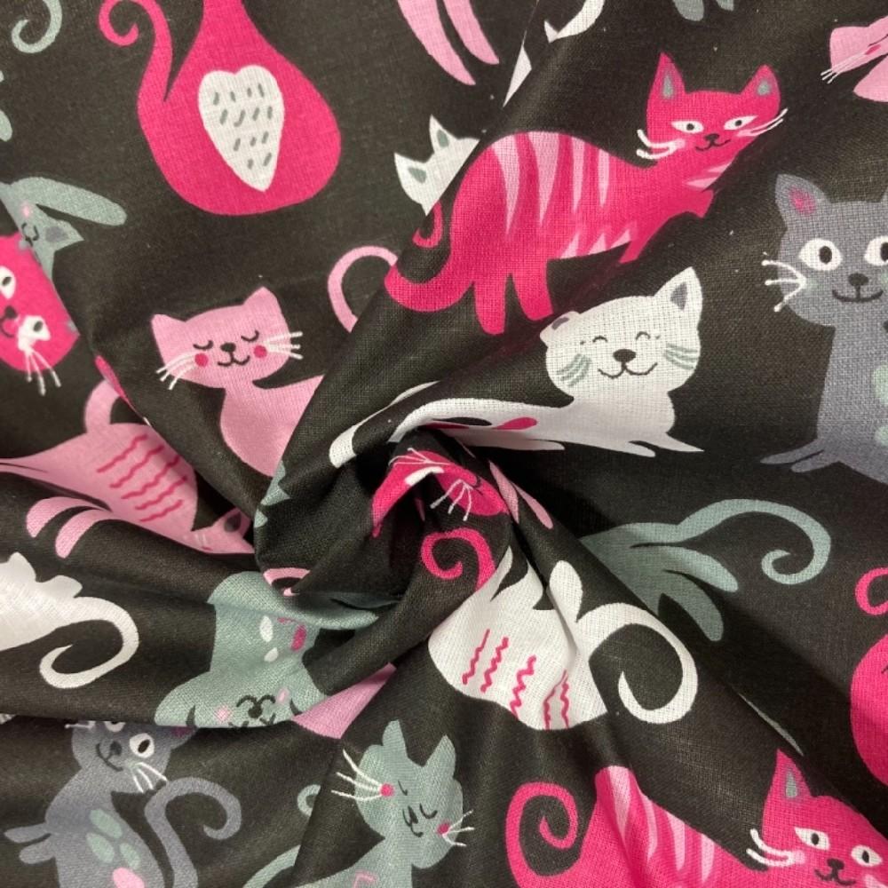 bavlna barevné kočky na černém pokladě 140 cm