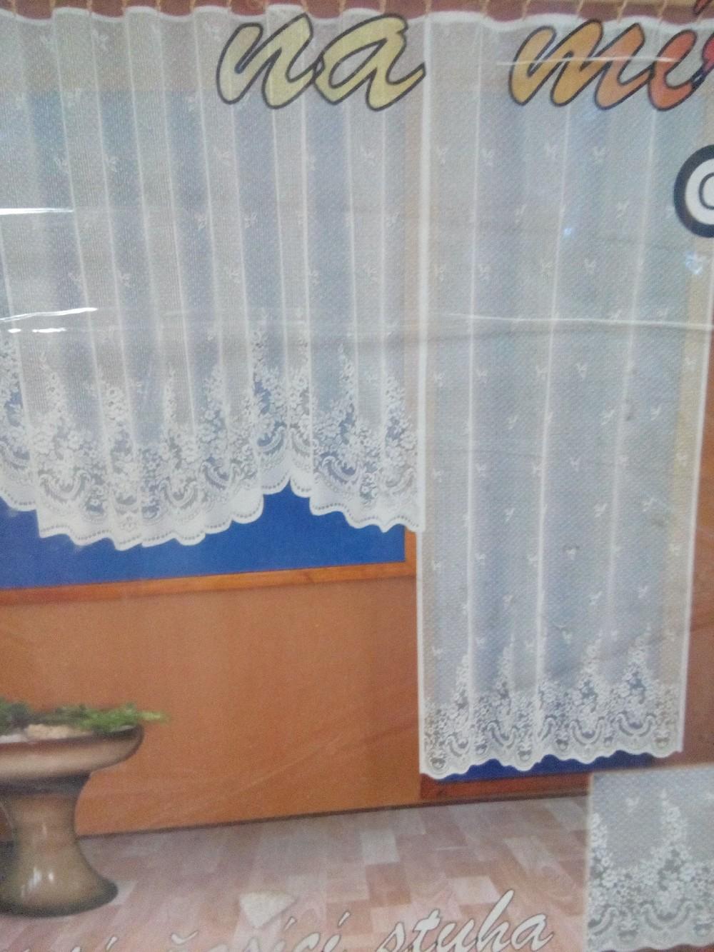 záclona hotová 200*230cm