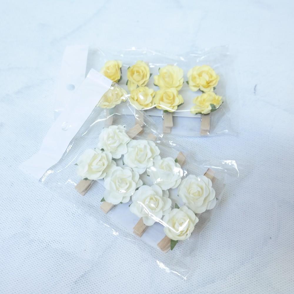 kolíček s květinou