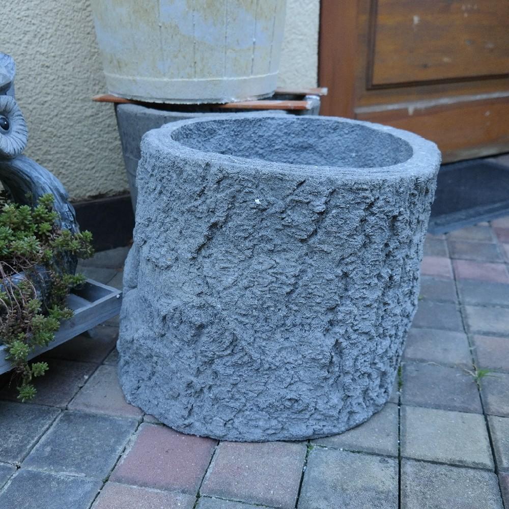 pískovec pařez šedý