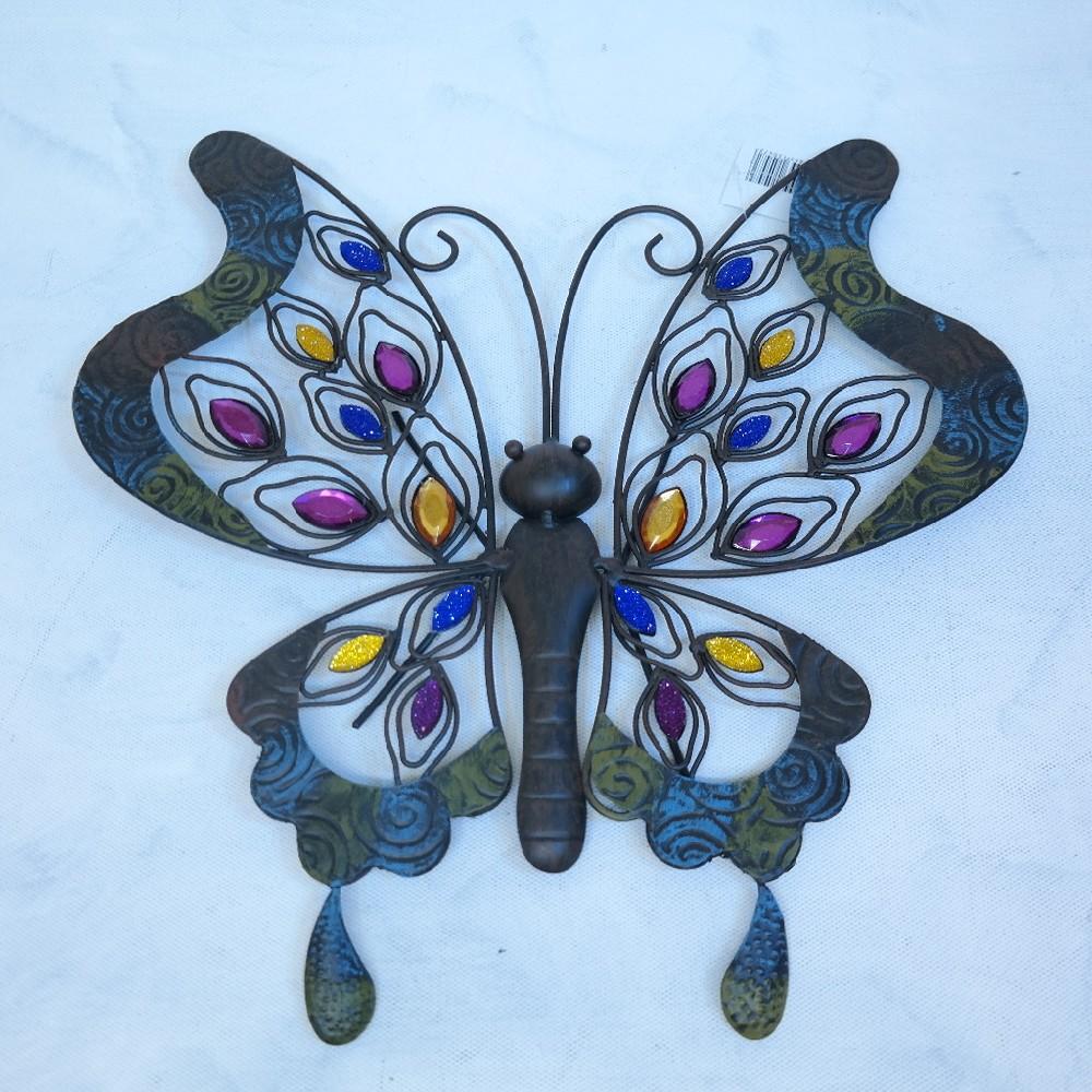motýl kov dekorace