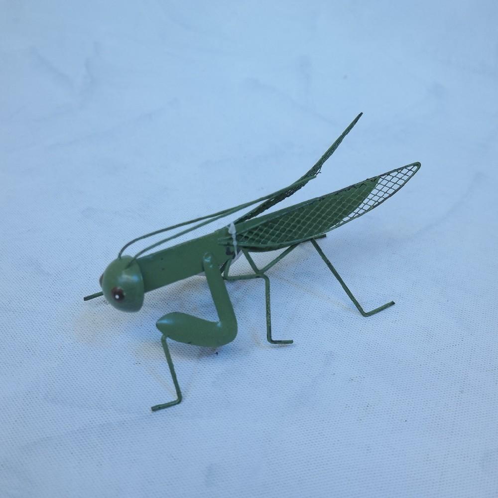 kobylka kov dekorace