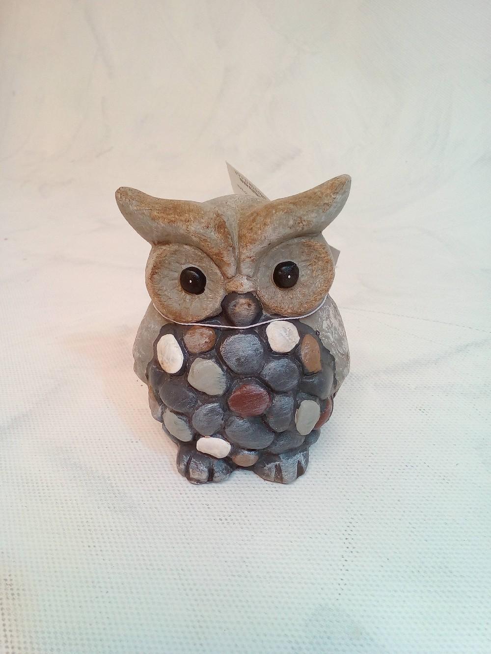sova s kamínky keramika