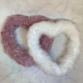 srdce z peří dekorace