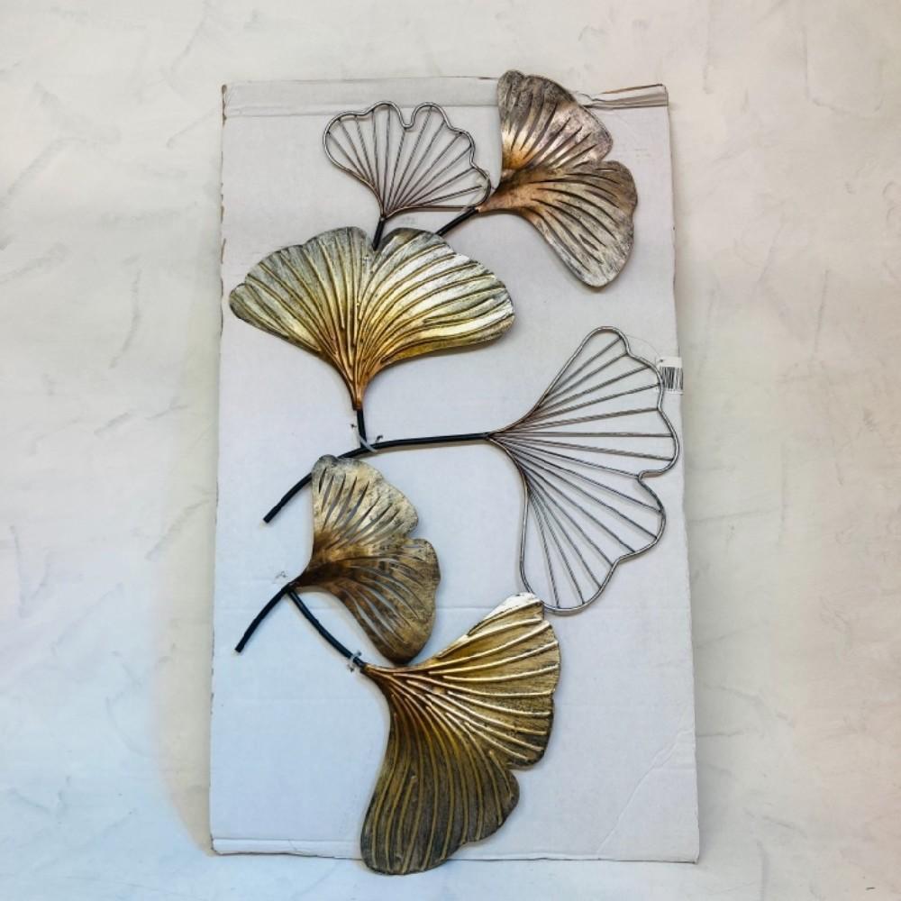 dekorace kovová závěsná