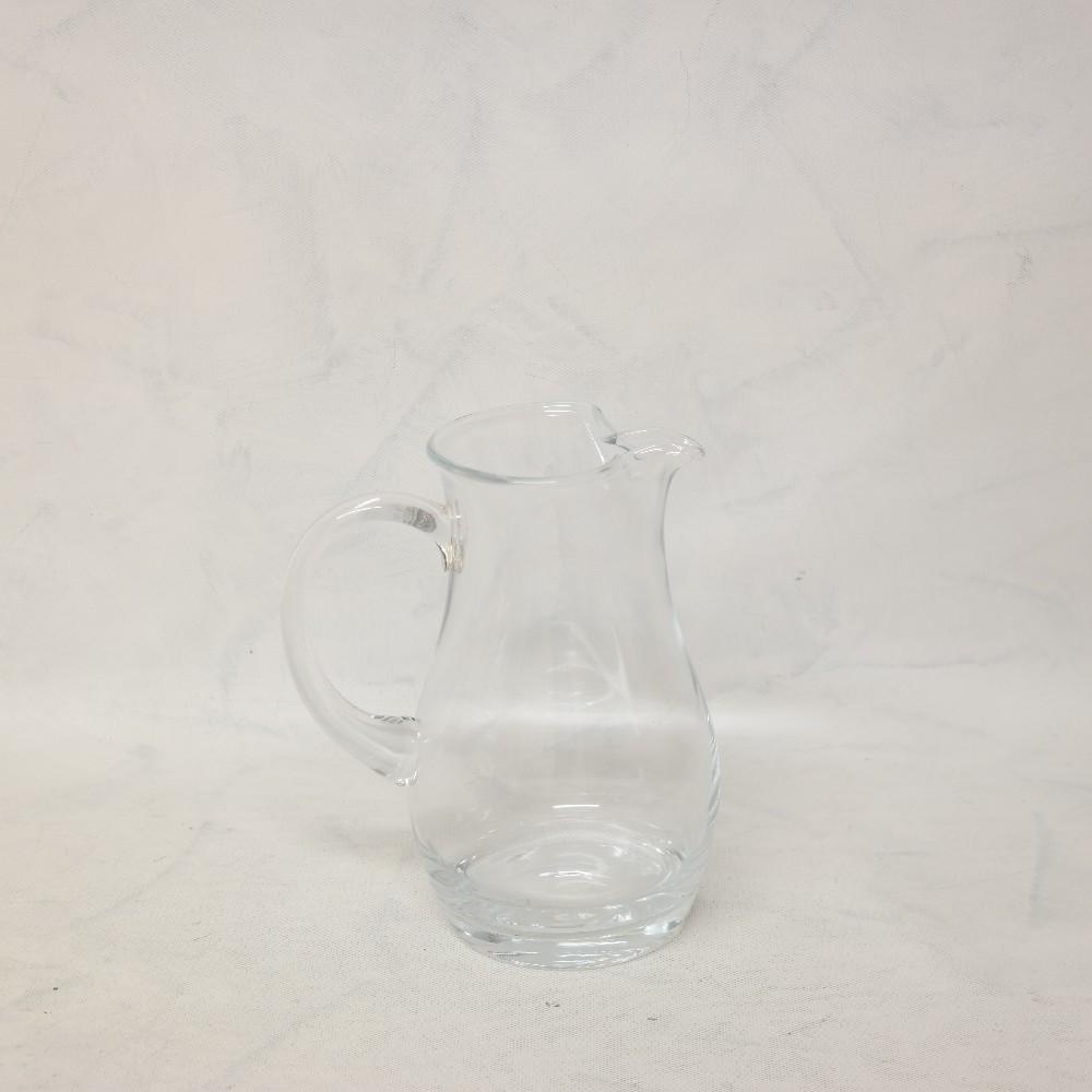 džbánek sklo