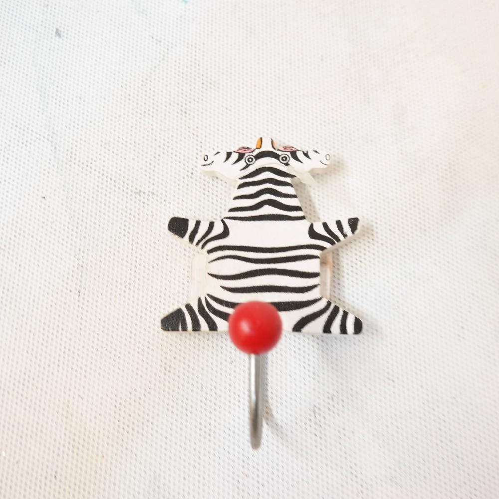 věšák dětský dřevo/zebra